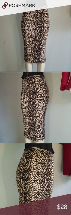 Leopard print pencil skirt Pencil skirt, below the knees. Super hot! Soprano Skirts Pencil