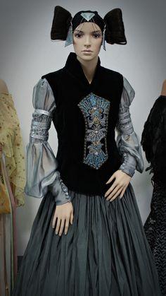 Amidala Packing Gown Recreation