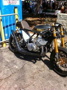 Kawasaki 2-stroke Cafe Racer #motorcycles #caferacer #motos | caferacerpasion.com
