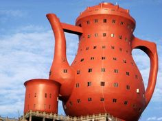 A Daily Publication for Contemporary Ceramic Art + Design. Learn about the latest trends in ceramic art, architecture, technology, design, and studio pottery on CFile. Unusual Buildings, Amazing Buildings, Building Structure, Building Design, Recycled Lamp, Yixing Teapot, China Teapot, Wuxi, Singular