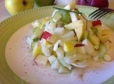 Insalata di finocchi, sedano e mele