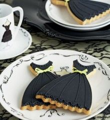 Peggy Porschen's Little Black Dress cookies