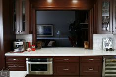 Kitchen & Bathroom Remodeling with Custom Cabinets