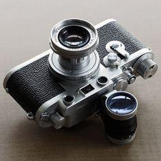 Latest camera from best brands, buy online all types of Cameras. Leica Camera, Nikon Dslr, Camera Gear, Film Camera, Old Cameras, Vintage Cameras, Canon Cameras, Canon Lens, Retro Vintage
