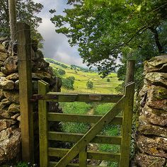 Valley Gate, Yorkshire Dales, England photo via andrea