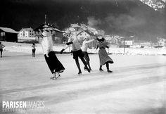 Patinage sur glace. Chamonix (Haute-Savoie), janvier 1908.