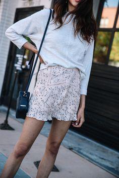 Top 10 Floral Skirts For Spring via www.discodaydream.com @discodaydream