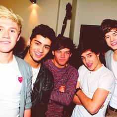 one direction love!!!<3
