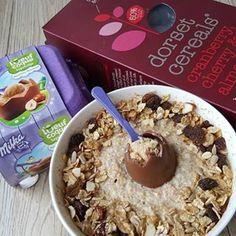 Easter vibes🍫🐣👅, gotta melt the whole thing😈🔥 . • • • #easter #eastereggs #proats #oats #milka #cadbury #breakfast #chocolate #balancednotclean #teenbodybuilding #powerlifting #ifitfitsyourlifestyle #flexibledieting #intuitiveeating #foodaddict #reversedieting #iifym #fulldayofeating #ifitfitsyourmacros #foodpics #foodblog #foodie #foodporn #foodheaven #foodoftheday #foodlove #carbs #yummy