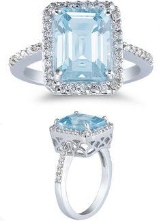 2.70 Carat Aquamarine and 0.28 Carat Diamond Ring
