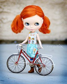 red hair + red bike = AWESOME!! <3 #blythe