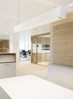 NUON's Amsterdam Headquarters / HEYLIGERS d+p - Office Snapshots Corporate Interiors, Office Interiors, Interior Office, Interior Design, Healthcare Architecture, Interior Architecture, Utility Room Designs, Office Fit Out, Open Office