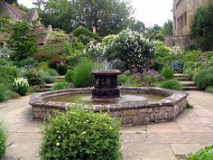 Reasons to visit Mickleton in Dream Garden, Home And Garden, English Architecture, Pond Waterfall, Sunken Garden, Famous Gardens, English Castles, Water Features In The Garden, Garden Spaces