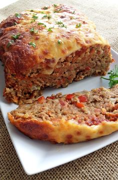Italian-Style Meatloaf - Classic meatloaf with an Italian twist and lots and lots of cheese. I'll stick with traditional meatloaf. Meatloaf Recipes, Meat Recipes, Cooking Recipes, Healthy Recipes, Cooking Ribs, Easy Meatloaf, Italian Dishes, Italian Recipes, Italian Foods