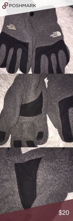 The North Face Men's Winter Gloves In good condition, minor pilling  Size large but a fitted large , great practical and warm gloves The North Face Accessories Gloves
