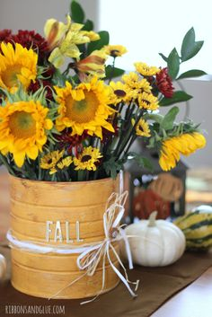 How to make a DIY Rustic Flower Vase out of a coffee can and paint.  . Simple Fall DIY craft project to bring the Fall Spirit in to your home.