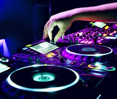 Are you currently planning a special occasion?  Is it the kind of event  that may require the services of music professionals for dancing?  Then you  have a decision to make.  You need to decide whether you want to hire a  Disc Jockey (DJ) or a live band for your event.  This article will help you  to decide which choice is better for you and your event.  There are many events that employ the services of music professionals.   Music and dancing are featured during wedding receptions…