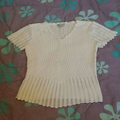 Knit Top Too small for me but very cute! No flaws. Faded Glory Tops