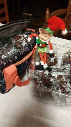 sweettooth is back! elf on shelf