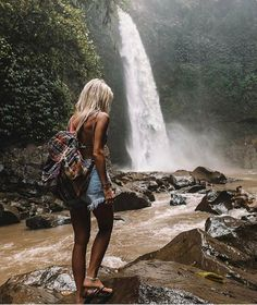 Hot World Travels. Pack Your Suitcase And Use These Tips To Travel. Taking a vacation is now easier than ever before, but many people don't know the best ways to start planning. In order to have a great trip, you need to do Adventure Awaits, Adventure Travel, Places To Travel, Places To Go, Luxury Boat, Kayak, Shooting Photo, Travel Aesthetic, Travel Goals