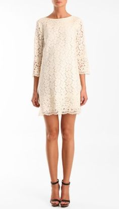I really like the cream lace on this dress.. too cute.