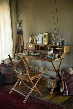 17 Best images about Home Decor: Safari, British Colonial . Vintage Furniture, Furniture Design, Classic Furniture, Furniture Ideas, British Colonial Decor, Vintage Safari, Campaign Furniture, Campaign Desk, My New Room