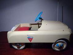 Basic pedal car