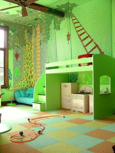 local (Austin) company Red Start Design Studios painted this gorgeous treehouse mural for a kid's room.