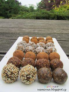 RAW kuličky čtyř chutí | veS MÍRNA Protein, Muffin, Breakfast, Blog, Morning Coffee, Muffins, Blogging, Cupcakes