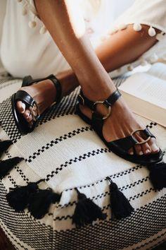 ÍTHACA BLACK. Sandals 2018Spring Summer ... fa84d7d1936