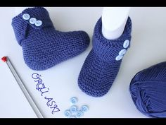 Sadece Haroşa İle Örülen Bebek Botu //Katlamalı Bebek Botu (1 Yaş) - YouTube Crochet Shrug Pattern, Baby Knitting Patterns, Hand Knitting, Crochet Patterns, Crochet Baby Jacket, Crochet Baby Shoes, Tricot Baby, Baby Shoes Pattern, Knitted Baby Clothes