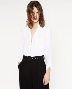 Image 2 of ZIPPED BLOUSE from Zara