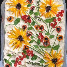 Baker Creates Visually Tasty Focaccia Bread Art Inspired by Van Gogh Pan Focaccia, Focaccia Bread Recipe, Bread Recipes, Fun Recipes, Recipies, Art Du Pain, Van Gogh, Creative Pie Crust, Japanese Bakery