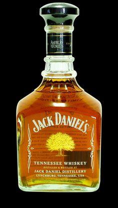 Jack Daniels Bourbon, Jack Daniels Bottle, Jack Daniels Distillery, Bourbon Whiskey, Scotch Whisky, Orange Crush, Cocktails, Cocktail Drinks, Penne A La Vodka