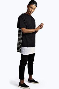 Longline Grid Printed T Shirt at boohoo.com