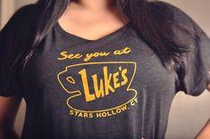 Gilmore Girls Fan T-shirt Luke's Diner Dolman Sleeve Tee Gilmore Girls Gifts, Crew Neck Shirt, Cut Shirts, Manga, T Shirts For Women, My Style, Stars Hollow, Tv, Rory Gilmore