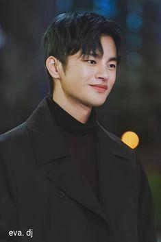 Korean Male Actors, Handsome Korean Actors, Handsome Boys, Drama Korea, Korean Drama, Savage Girl, Male Model Photos, Park Seo Jun, Dark Anime Guys