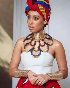 Sarah Langa-Heaton, an Elegant classy South African beauty. African Attire, African Wear, African Women, African Dress, African Style, African Inspired Fashion, African Print Fashion, Africa Fashion, Ankara Fashion