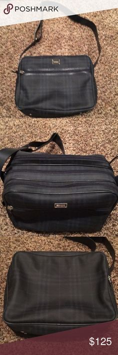 Burberry Makeup Bag Excellent Condition  4 Zipped Compartments  Lined Inside Bag Adjustable Strap Comes with Cover Bag Burberry Bags Cosmetic Bags & Cases