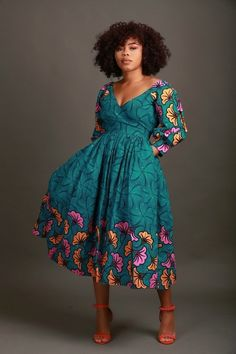 Do you want to add simple ankara styles to your wardrobe but you don't know which style to add? Find all your simple ankara styles that are worthy here! Ankara Dress Styles, African Print Dresses, African Print Fashion, Africa Fashion, African Fashion Dresses, African Dress, Fashion Prints, African Prints, Sexy Outfits
