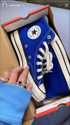 Cute Sneakers, Shoes Sneakers, Shoes Heels, Mode Converse, Converse Shoes, Sneakers Fashion, Fashion Shoes, Swag Shoes, Aesthetic Shoes