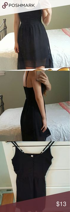 (Bundle)High low dress & Top In good condition spaghetti strap high low dress from Xhilaration & Black and white top Xhilaration Dresses Midi
