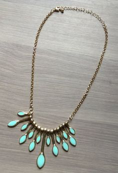 Perfect middle ground between classic and statement piece - I love this necklace!!