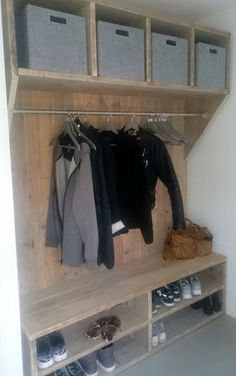 Mudroom Ideas - Mudrooms and access can be essential for keeping your residence arranged. If you're desiring an elegant as well as effective space, browse through these . ideas cubbies Smart Mudroom Ideas to Enhance Your Home Mudroom, Interior Design Living Room, Home Projects, Home And Living, Shelving, Diy Home Decor, House Design, Storage, Laundry Room
