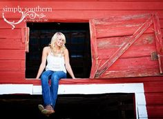 idk if I would actually be able to do this one in her barn but if so then I def would want something like this! Senior Photography, Love Photography, Children Photography, Portrait Photography, Senior Year Pictures, Senior Photos, Picture Poses, Picture Ideas, Photo Ideas