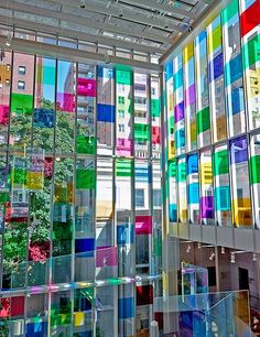 Artist Spencer Finch has temporarily vamped up the Morgan Library & Museum's Renzo Piano–designed Gilbert Court in New York by applying colorful film to some of the windows of the four-story glass volume.
