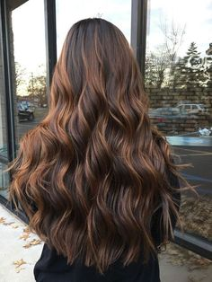 Brown Ombre Hair, Brown Hair Balayage, Brown Blonde Hair, Brown Hair Colors, Brunette Hair, Hair Highlights, Medium Brown Hair With Highlights, Long Ombre Hair, Honey Brown Hair
