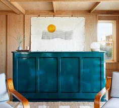Hotel Marram brings laid-back beachside feels and cuisine from the duo behind one of South America's finest restaurants to Montauk. Oak Bathroom, Guest Bathrooms, Guest Rooms, Long Island, Montauk Beach, Style Californien, Les Hamptons, Design Japonais