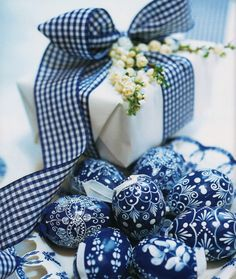 Blue ribbon package