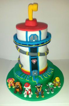 Paw patrol lookout cake